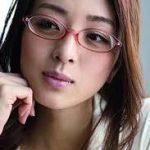 祥子  初の写真集は1か月で3万部売り上げた謎の美少女!!
